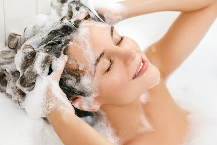 Cada cuánto tiempo hay que lavarse el pelo?